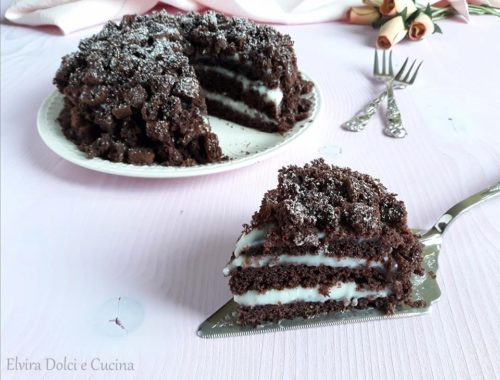 Torta mimosa al cioccolato con crema di latte