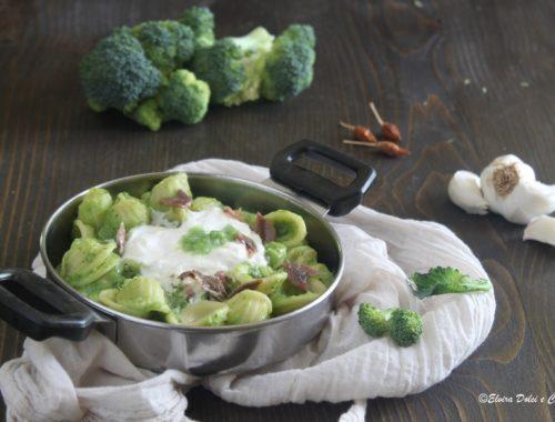 Orecchiette con crema di broccoli alici e burrata