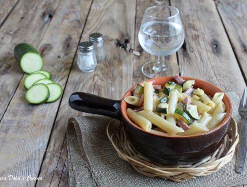 Penne cremose con zucchine e speck