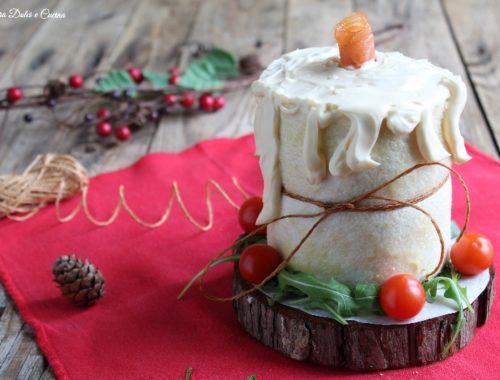 Candela di tramezzini al salmone antipasto natalizio