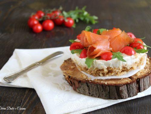 Cheesecake salata stracchino salmone e rucola