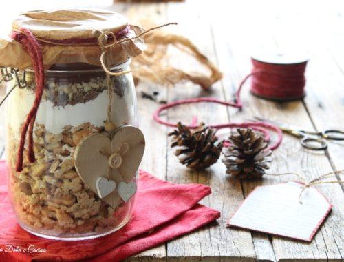 Preparato per salame al cioccolato in barattolo regalo natalizio