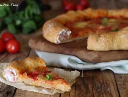 Pizza integrale con cornicione ripieno o pizza canotto