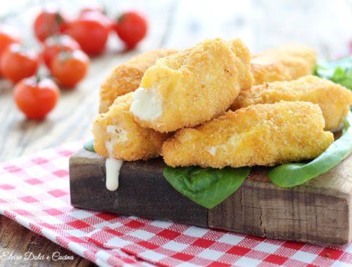 Rotolini di pollo fritti con ripieno cremoso