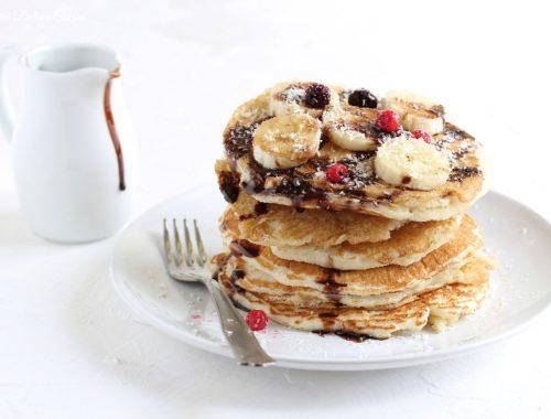 Pancakes al cocco con albumi e senza latte