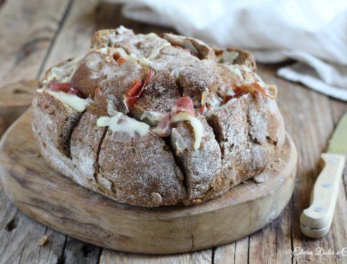 Pagnotta farcita ricetta per riciclare il pane raffermo