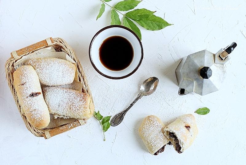 Fagottini di pan brioche alla Nutella