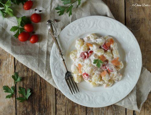 Gnocchi cremosi al salmone e pomodorini