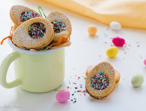 Biscotti di Pasqua a forma di uovo
