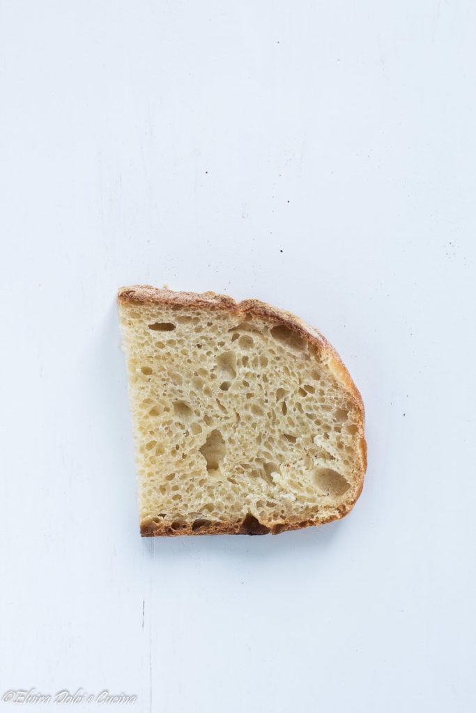 Pane fatto in casa con licoli ricetta semplice