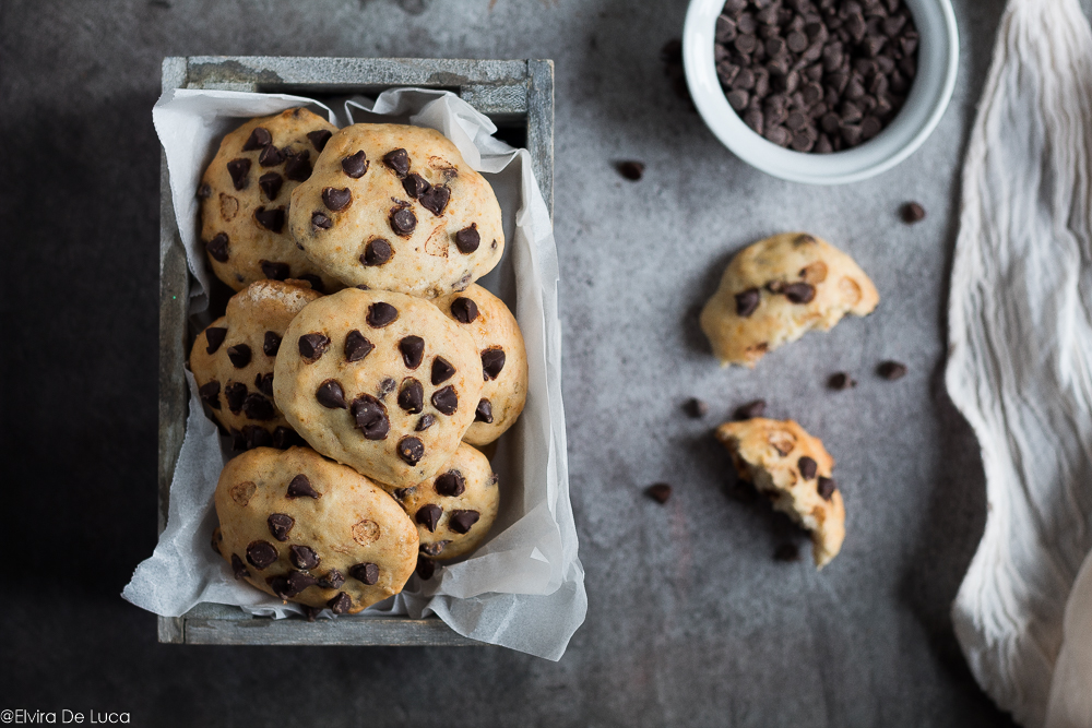 Biscotti morbidi banana e cioccolato - ricetta senza uova